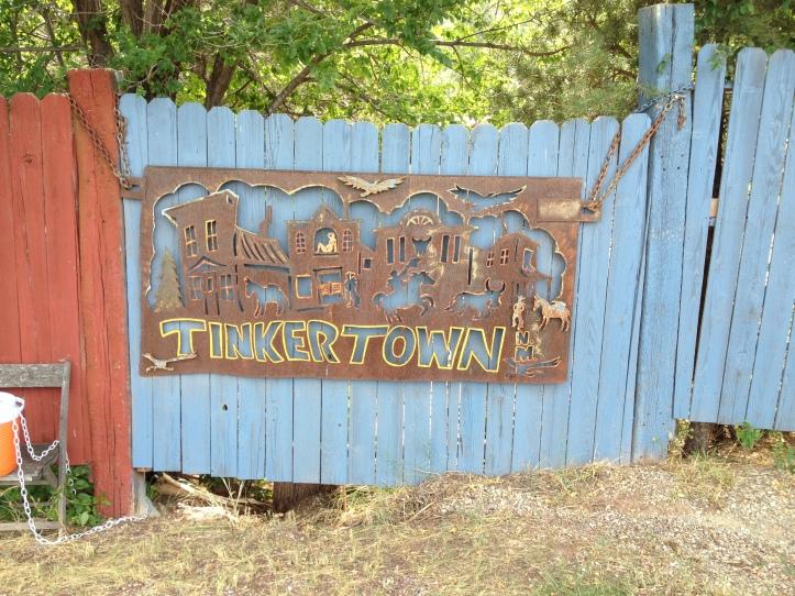 tinkertown-sign